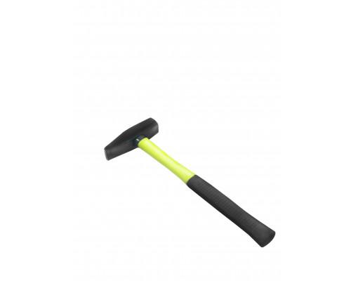 Молоток с пластиковой ручкой 400гр